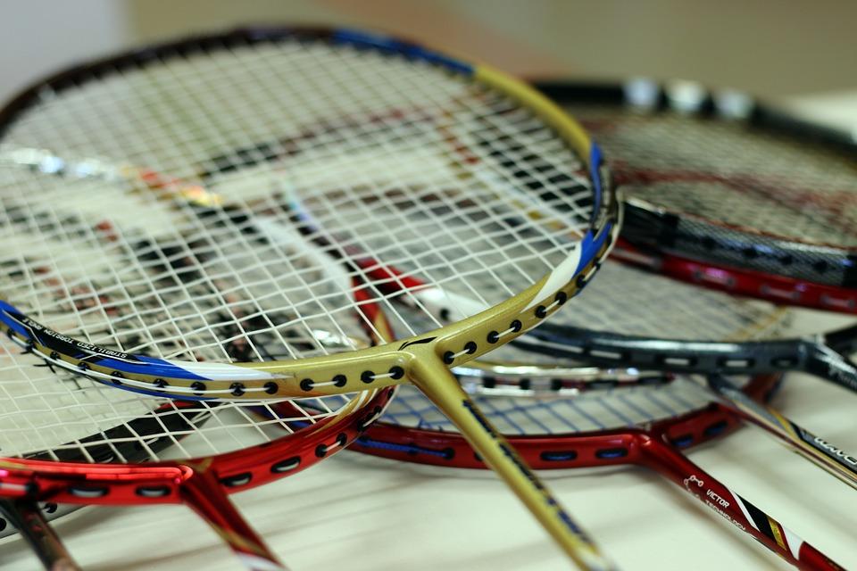 Forskellige badmintonketchere
